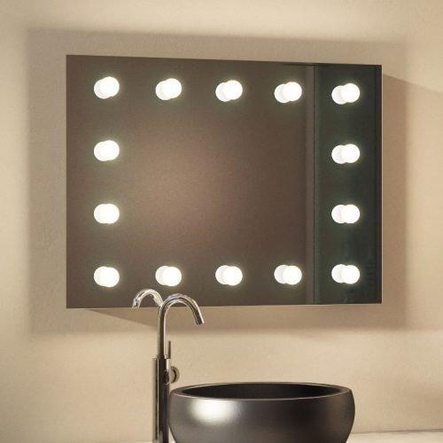 Deze Hollywood spiegel met dimbare lampen is geschikt voor gebruik in de badkamer
