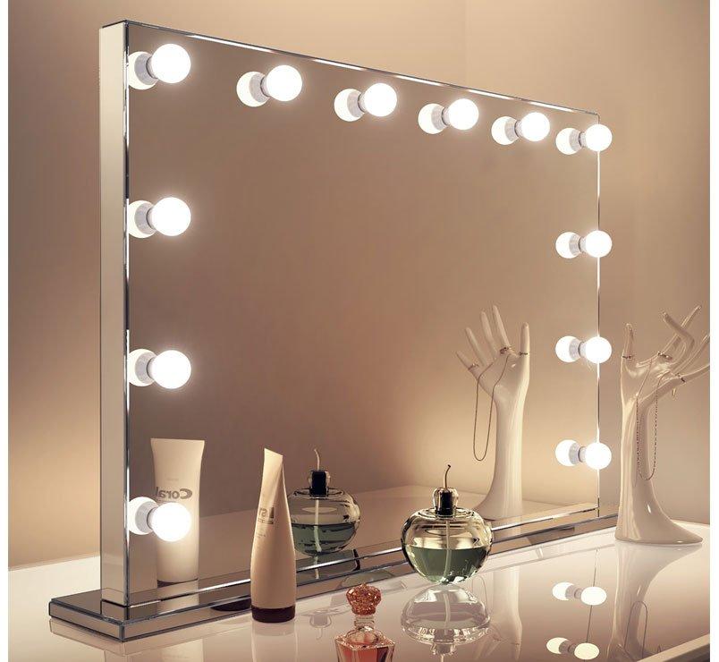 Luxe afgewerkte visagie spiegel met 12 dimbare lampen